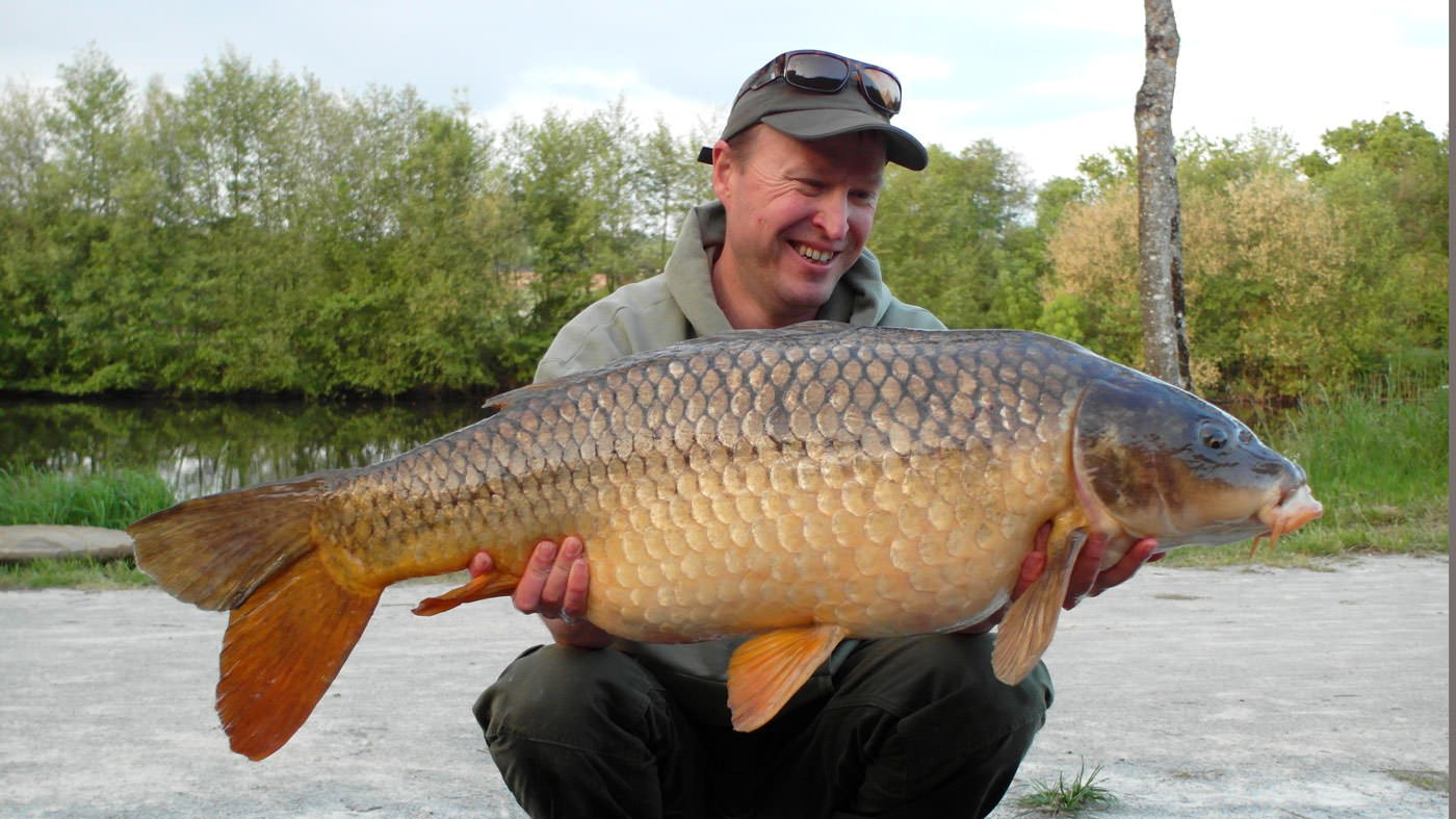 matt-with-a-mayenne-river-carp-of-36lbs-8oz