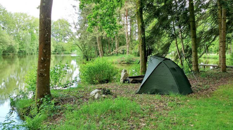 The Oak swim with a bivvy