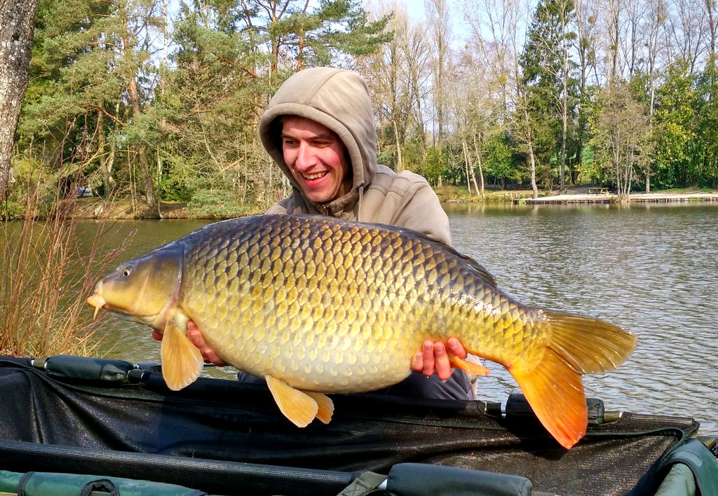 Alexandre with Jess a common carp of 34lbs