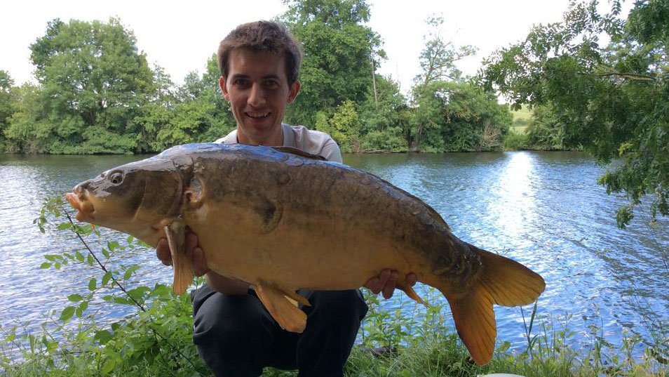 Alexandre-with-a-typical-12kg-mirror