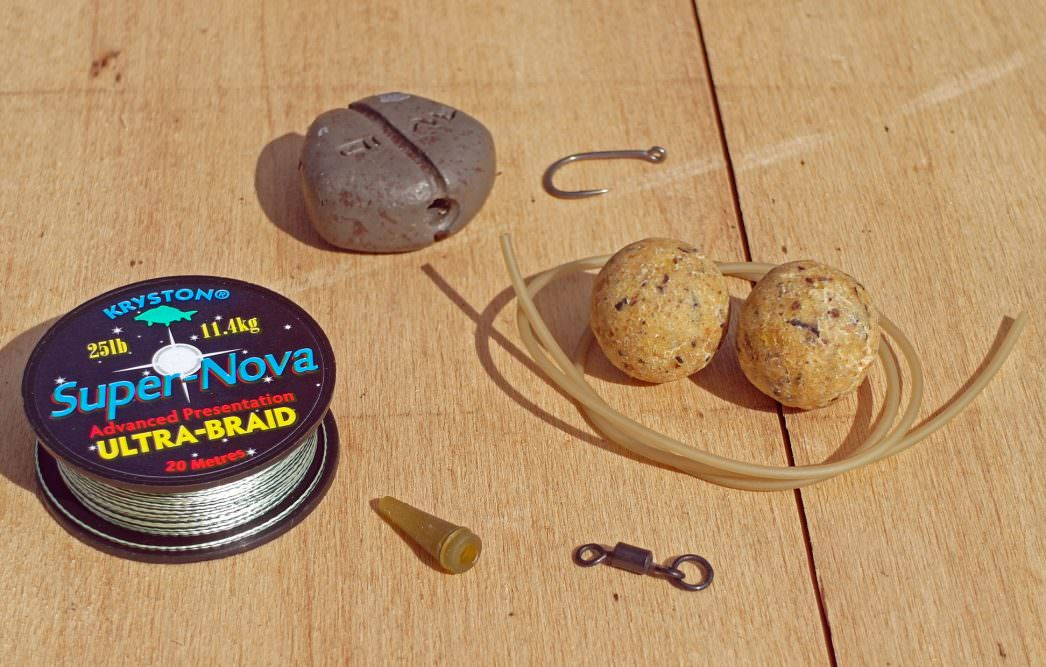 components for big carp rig with bottom baits