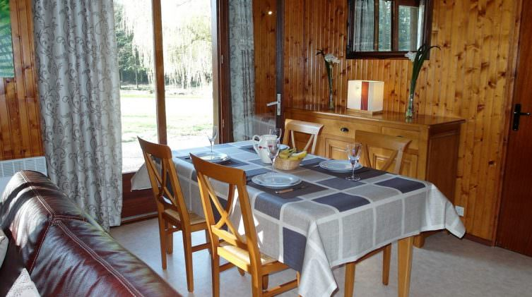 dining area of french carp lake accommodation