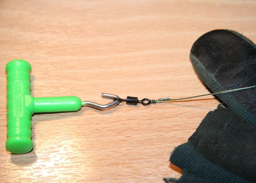 testing the grinner knot for carp fishing