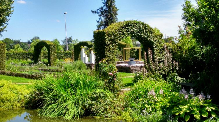the gardens of chateau gontier