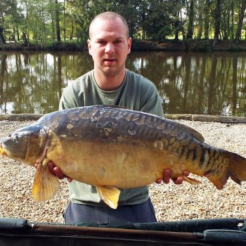 Andy with The Duchess at 32lbs 7oz