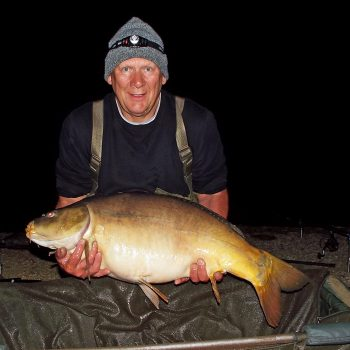 Colin with Chestnut at 33lbs 4oz