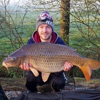 Elliot with a 27lbs common