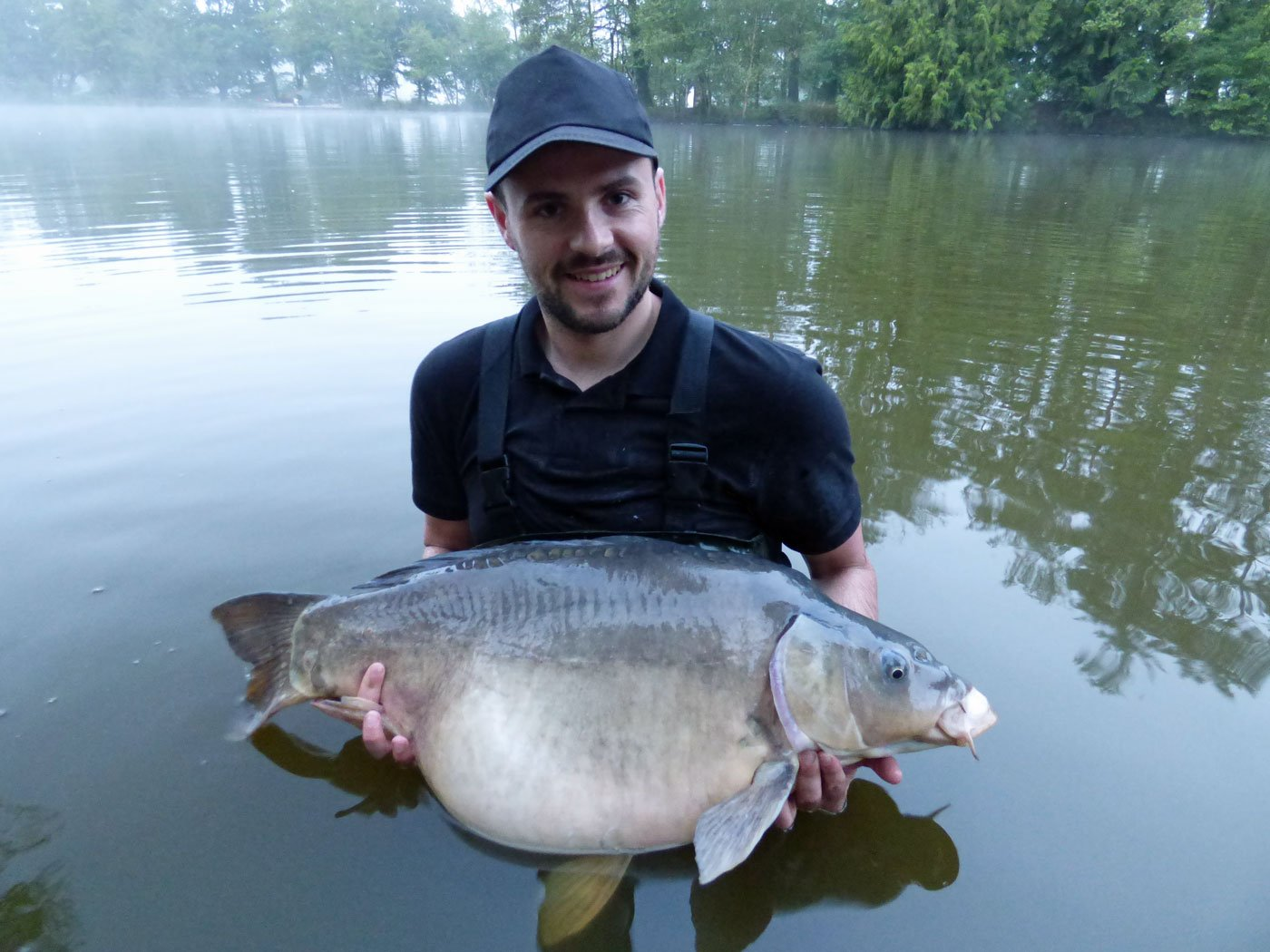 Bruce with Earl Grey at 33lbs mirror carp