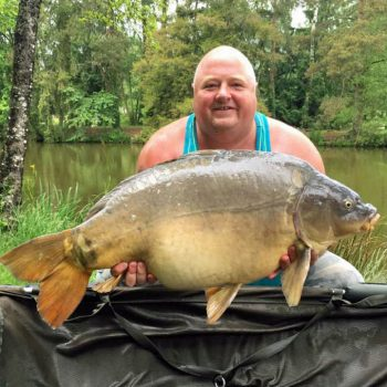 Dean with Horizon at 34lbs mirror carp