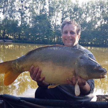 Jan with Claws at 31lbs 8oz