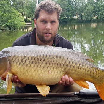 Jay with a 27lbs 8oz common