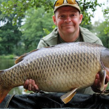 Rob with a 27lbs 8oz common carp