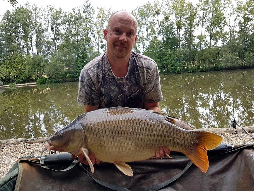 Shane with a 27lbs 8oz common