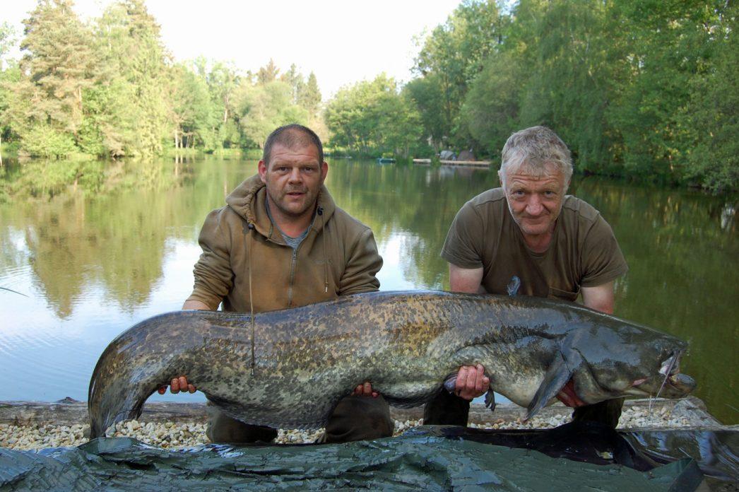 Antony with an 86lbs catfish