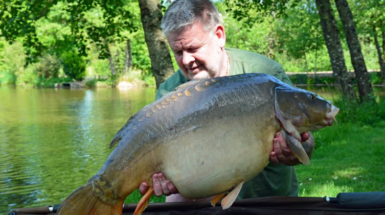 Tony with Cut Tail at 40lbs mirror carp france