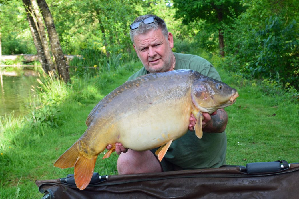 Tony with Hyphen at 37lbs mirror carp france