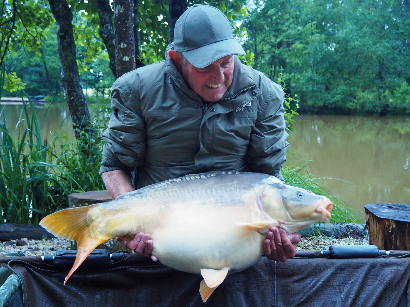 Barry with Merlin at 30lbs