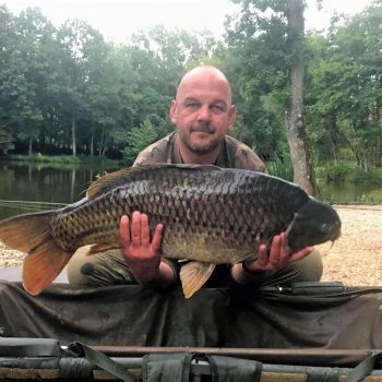 Ian with the Snub Nose common at 32lbs