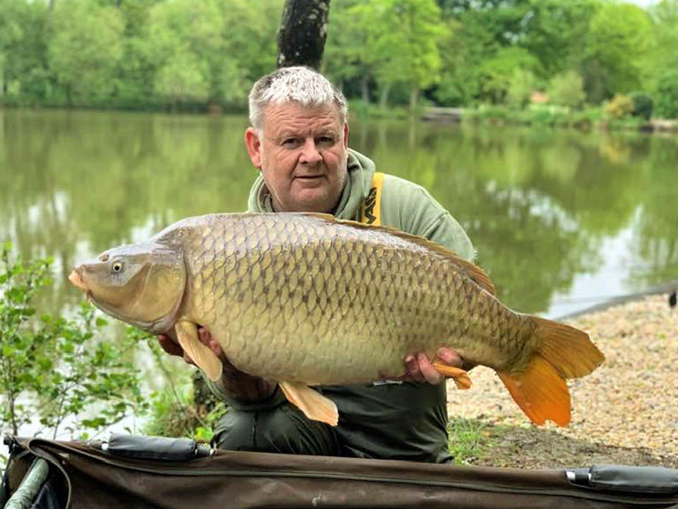 tony carp fishing in france with a common carp of 37lbs
