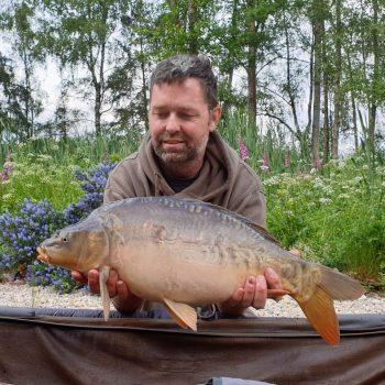 damon carp fishing in france