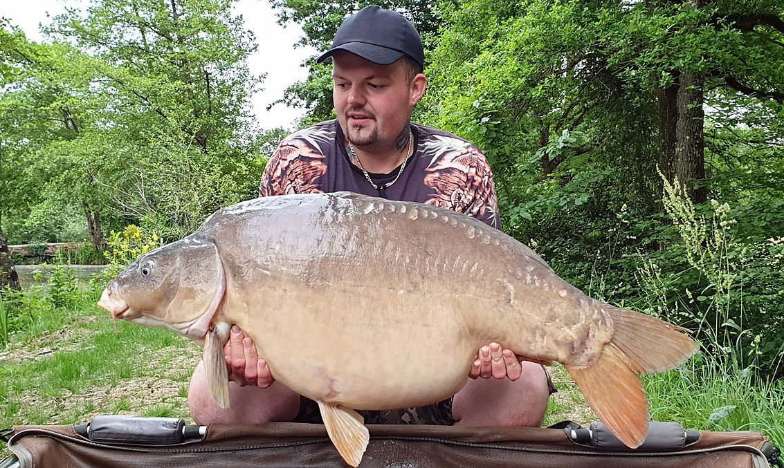 john carp fishing in france with a mirror carp of 46lbs 8oz