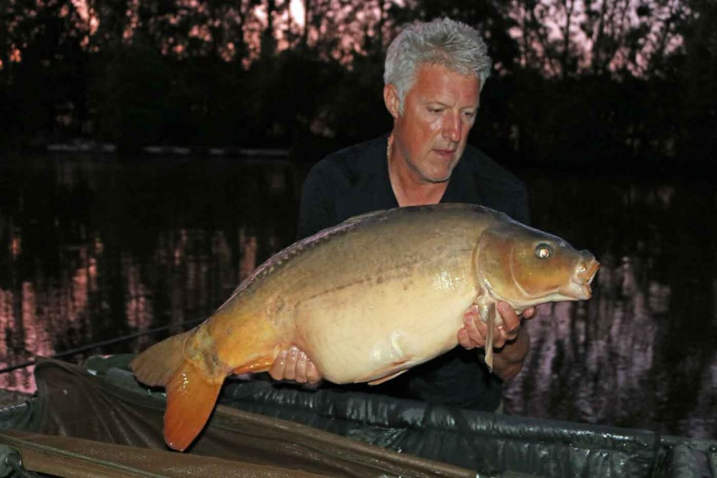 david with a mirror carp in france of 33lbs