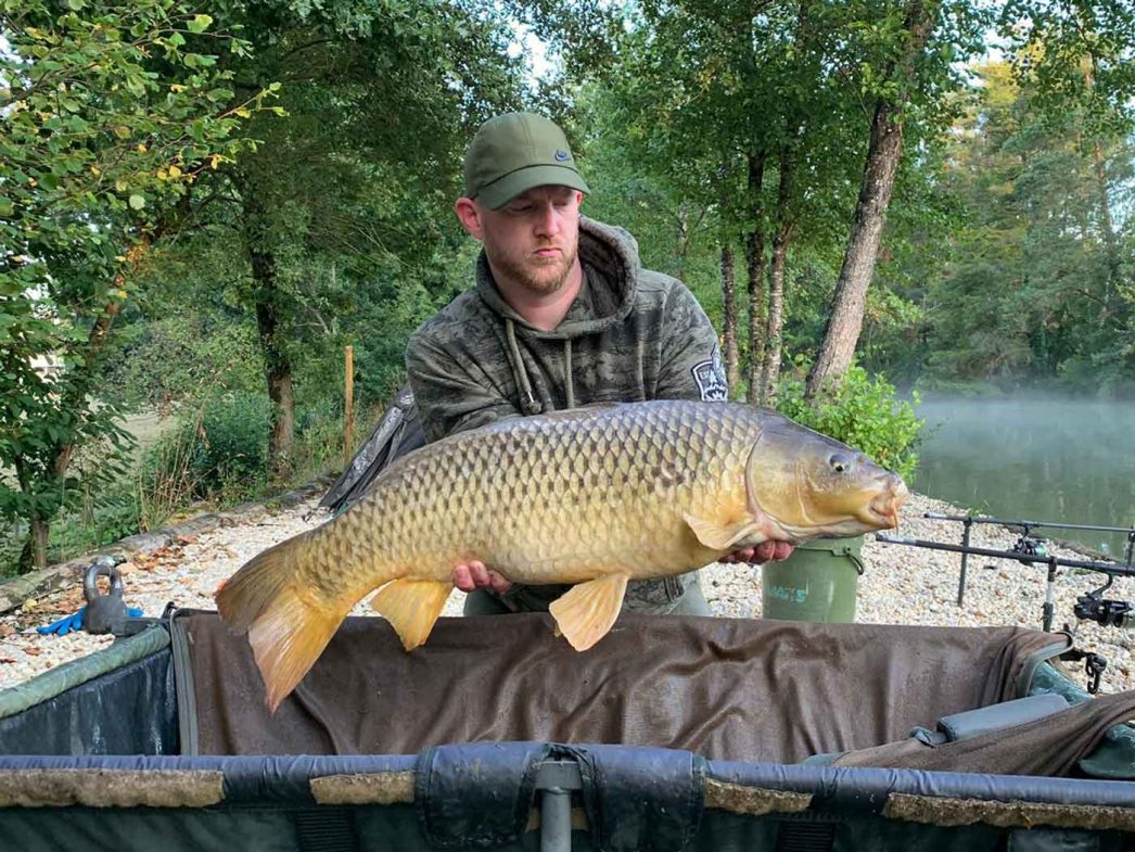 Dan with the long common carp of 23lbs