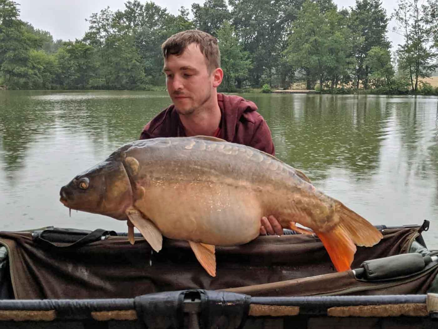 Jon with Peppercorn at 31lbs carp fishing holiday
