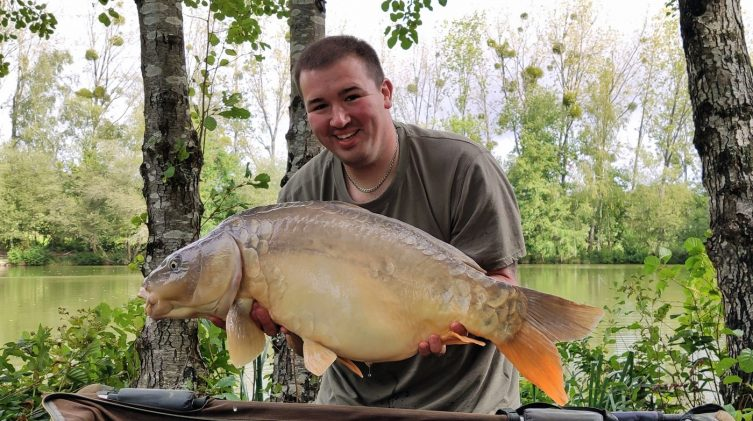 Marc with Janus a mirror carp of 29lbs 4oz