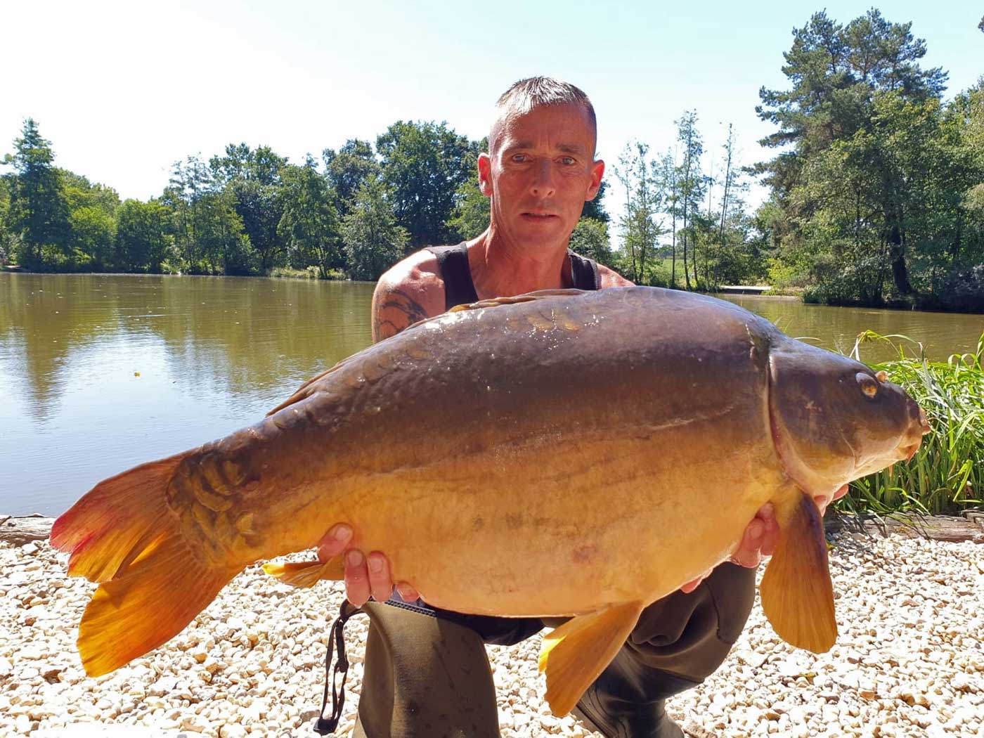 Lee with the Dark Knight at 35lbs