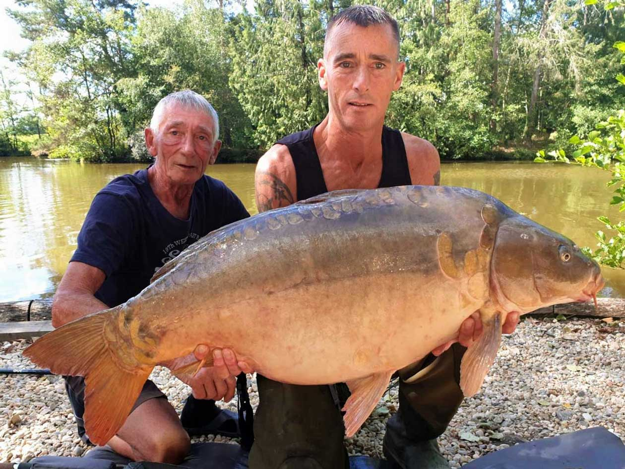 Reg with Magnum at 38lbs