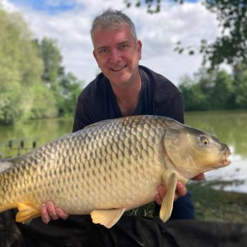 Richard with a 28lb common