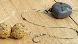 How to tie a simple bottom bait rig for big carp
